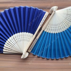 Customized-hand-fan-silk-fans-bulk-cheap-wedding-favours