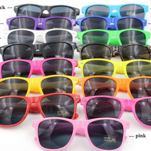 Bright wholesale wayfarer sunglasses print college party birthday party favours