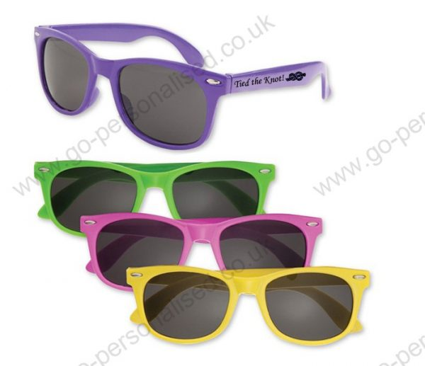 custom-printedsunglasses-wedding