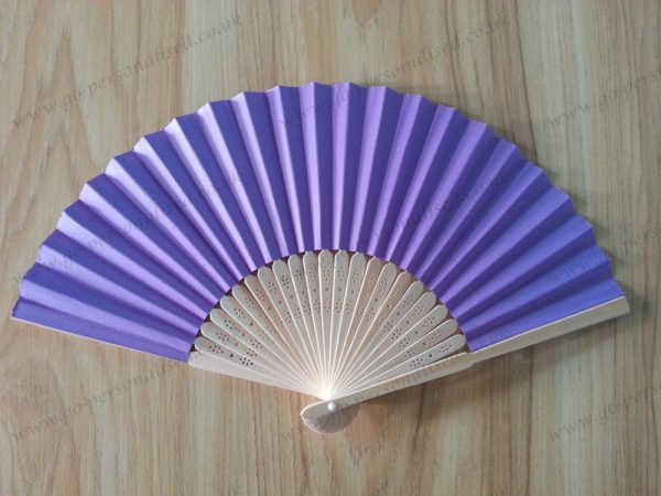purple-wedding-favors-paper-fan