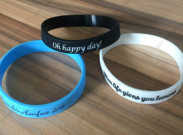 Personalised-wristband-sports-bracelet-maker-tennis-bracelet-cheap-yellow-black-and-more-birthday-event-decorations
