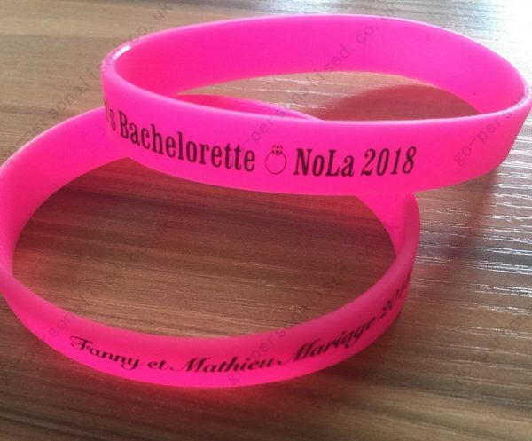 cheap-personalised-silicone-wristbands-bracelets-cheap-Baptism-football-gifts-wedding-favours