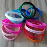 cheap-personalised-silicone-wristbands-bracelets-cheap-Baptism-football-gifts-wedding-favours2