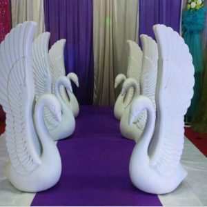 2pcs/lot Romantic White Swan Plastic Roman Column Wedding Welcome Area Decoration Photo Booth Props Supplies Free Shipping