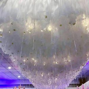2019 White Cloud Top Snow Wedding Ceiling Decoration Sheer For Wedding Event  festival  bulk cheap company employee staff colleague office party