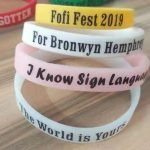 personalized-quick-turnaround-wristbands-dinner-party-gifts-for-guests