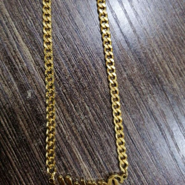 Alison-Font-Custom-Name-Necklaces-For-Men-Women-Gold-Cuban-Chain-Stainless-Steel-Nameplate-Pendant-Necklace-4