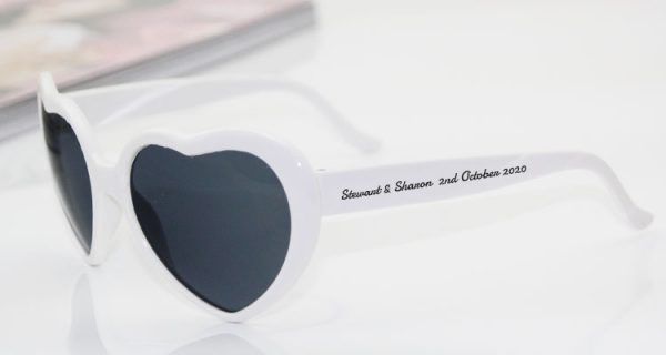 personalised-heart-shaped-sunglasses-centerpieces-photobooth-props-photo-booth-favors