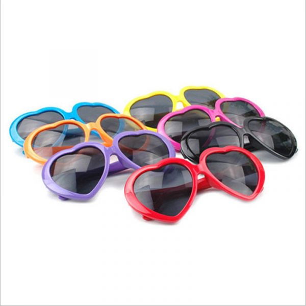 printed-heart-shape-sunglasses-girls-weekend-pool-party-birthday-trip-wedding-favours2